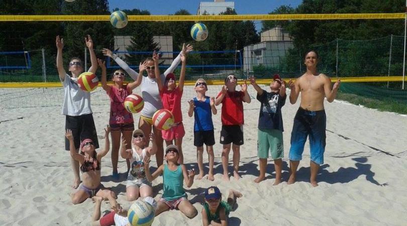 Letní kempy a příměstské tábory s Beach Service