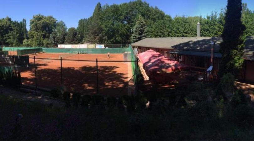 Příměstský tenisový tábor pro děti a mládež v Praha-Nedvězí